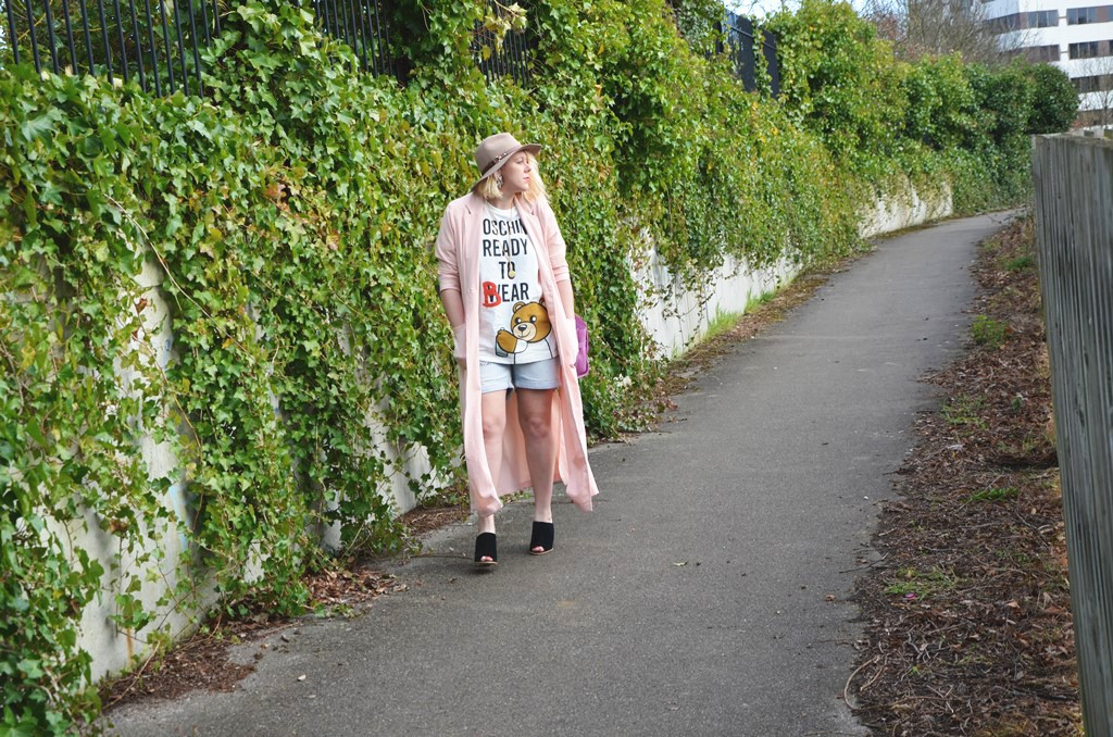 Moschino Street style 2015