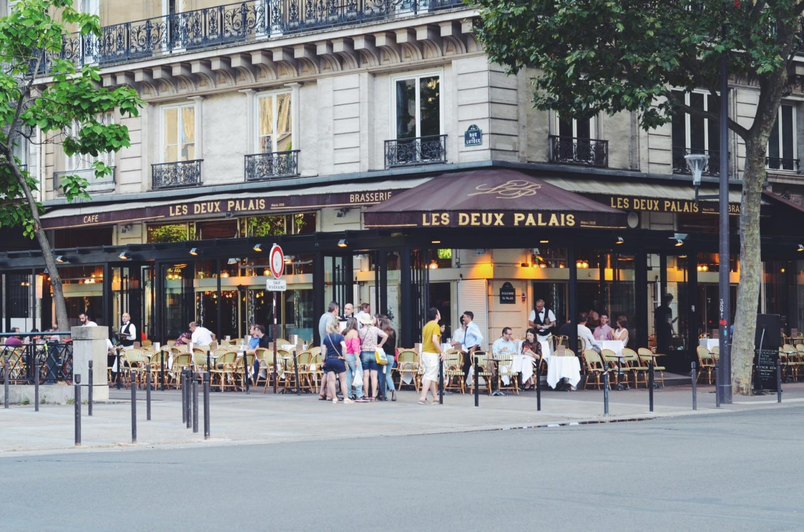A trip to Paris with Marco Polo